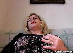 hairy,mature,stockings,milf,granny,hd Videos,fisting