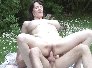 Amateur,mature,milf,old Amp,young,granny,hd Videos,porn For women,mature Nl