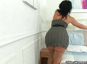 mature,milf,hd videos,spanish,cougar