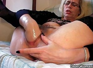 granny,fisting,blonde,redheads,fetish,hardcore,solo,amateur,matures,short Hair