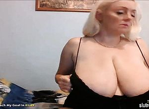 Thick Boobs,blonde,milf,solo,webcam