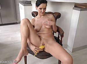 Milf,masturbation,matures,cougar,shaved