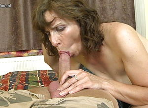 amateur,mature,milf,old amp,young,granny,hd videos,mature nl