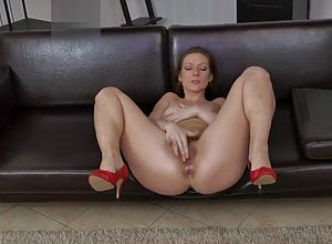 high heels,mature,milf,straight,hairy,masturbation
