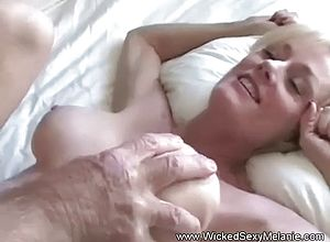 amateur,blowjobs,matures,hardcore,granny