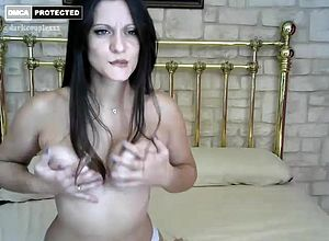 amateur,brunette,masturbation,milf,solo,webcam