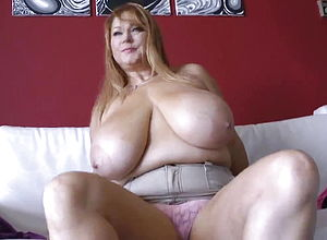 mature,hd Videos,big udders