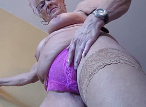 Granny,hd videos,girl Wanking