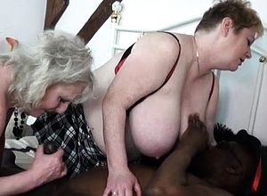 amateur,big Boobs,doggystyle,granny,hardcore,mature