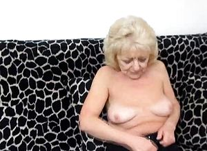 Blonde,granny,hairy,masturbation,solo,toys