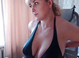 Big tits,close up,amateur,milf,matures,webcams