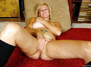 cougar,granny,milf,matures,boots,kinky,sexy