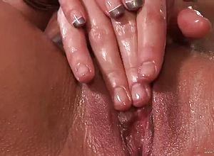blowjobs,big tits,close up,hardcore,massage,tits,reality,shaved,granny,smoking,milf