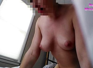 Brunette,doggystyle,milf,small tits
