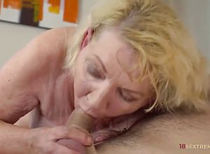 Blonde,milf,matures,hairy,doggy style,horny