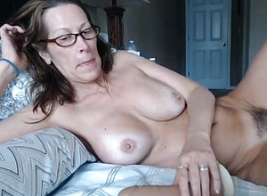 Milfs,mature,orgasm,webcams