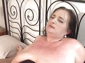 amateur,granny,milf,matures,old Young,young,sucking,hardcore,big Wood