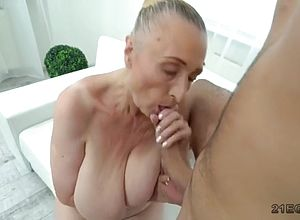 big tits,blowjobs,hardcore,matures,granny,doggy Style,seduced