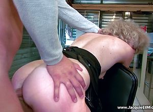 matures,hairy,small tits,short hair,blonde,anal,pantyhose,facials,granny,big Butt