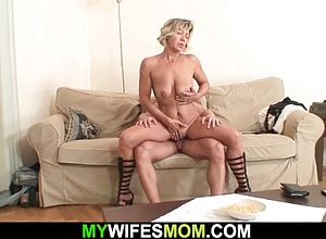 cougar,granny,milf,matures,girlfriend,riding,sucking,big Cock