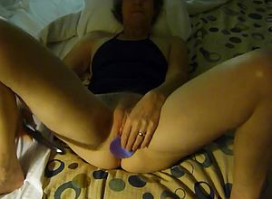 blowjobs,dildo,milf,matures,hardcore,sexy,sucking