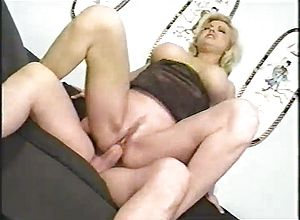 blonde,matures,milf