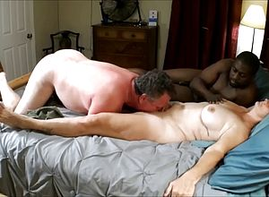 Amateur,matures,threesome,wife