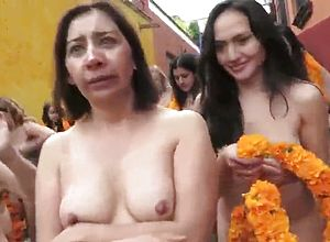 Brunette,latina,milf,matures,nudism,outdoor,softcore,public nudity,mexican,group Sex