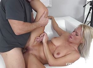 milf,blonde,shaved,matures