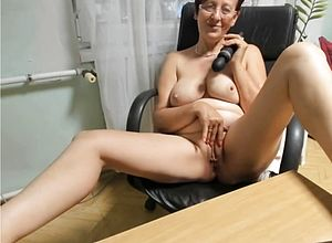 big tits,granny,milf,matures,nipples,webcams,tits