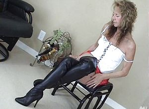 Amateur,solo,matures,boots,black And Ebony