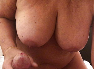 Amateur,tits,handjob,granny,hd Videos,big natural tits
