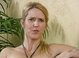 Mature,softcore,hd videos,sexy,sexy Matures,interviewed,sexy mature,old Mature,milf casting,mature Casting,milf interview