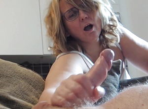 amateur,mature,handjob,hd videos,european,homemade