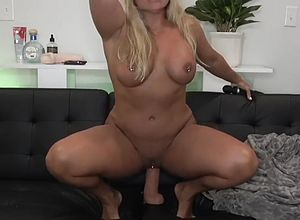 Big butt,blonde,babes,big Tits,fetish,matures,peeing,muscle,milf