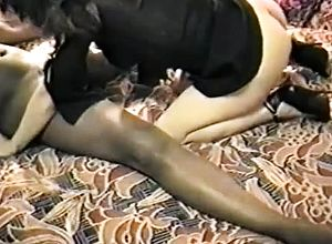 amateur,cuckold,doggystyle,interracial,milf